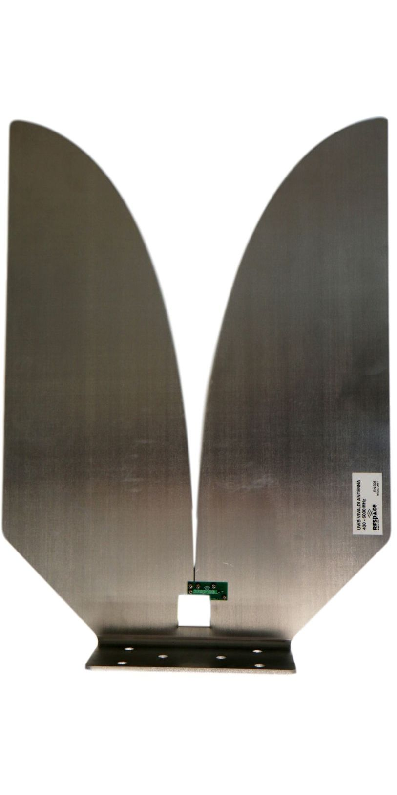 Aluminum Planar Vivaldi Horn Antenna measured far field in anechoic chamber gain results in dBi
