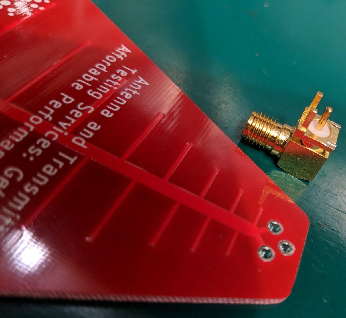 PCB0042 Log Periodic Dipole Array Antenna PCB Gain dBi SMA Pins